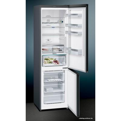 Холодильник Siemens KG39NAX31R