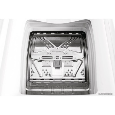 Стиральная машина Indesit BTW D61253 BY
